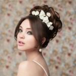 Когда уместны и какие выбрать украшения для свадебной прически?